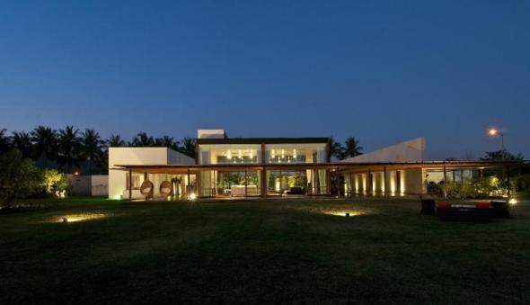 Casa Khadakvasla / ESPASMO