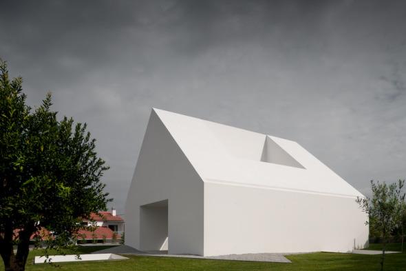 Casa de Leiria / Aires Mateus