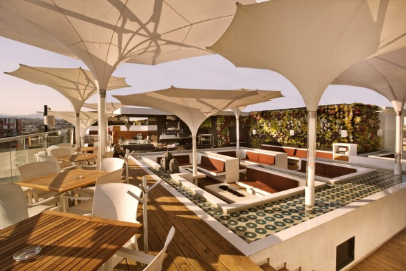 Hookah Lounge Satelite / BNKR Arquitectura