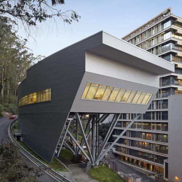 Laboratorios en la Universidad de California / Rafael Viñoly Arquitectos