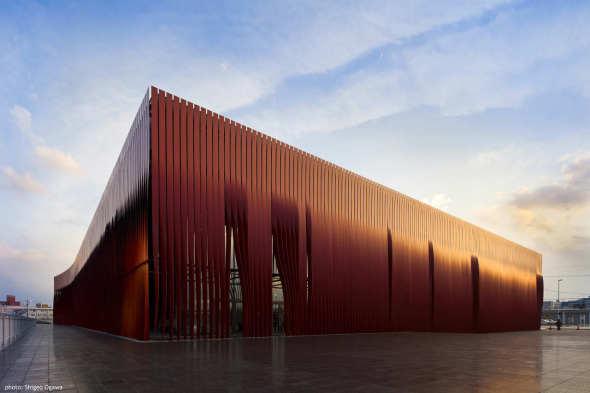 Nebuta-no-ie Warasse / Molo, d/dt, Frank La Riviere Architects