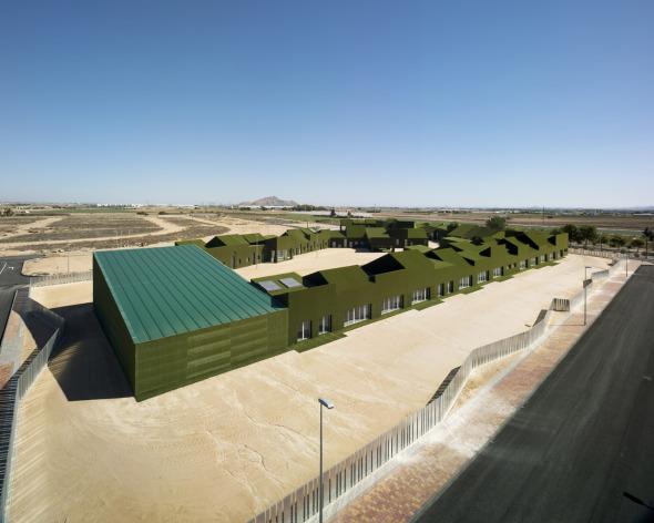 "Literalmente Verde. Escuela ""los Cachamines"". Huma Arquitectura."
