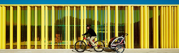 Escuela construida con tubos de diferentes diámetros. RCR/Puigcorbé arquitectes