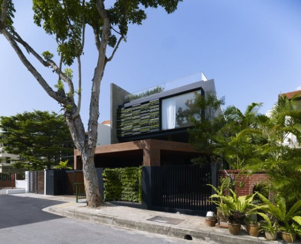 Casa Maximum Garden / Formwerkz Architects