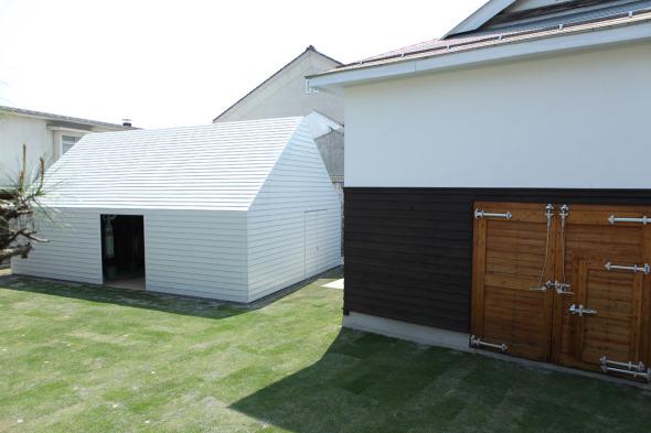 Una antigua destilería de Sake transformada en centro cultural / Kunihiko Matsuba y Ksuke Fukushima