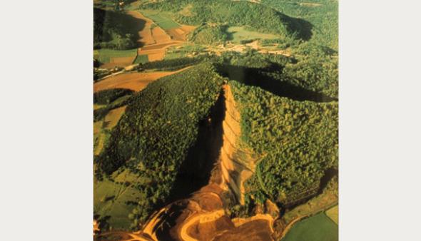 Curar las heridas de la naturaleza: Restauración del volcán del Croscat. Antoni Bramon y Lluis Vilà