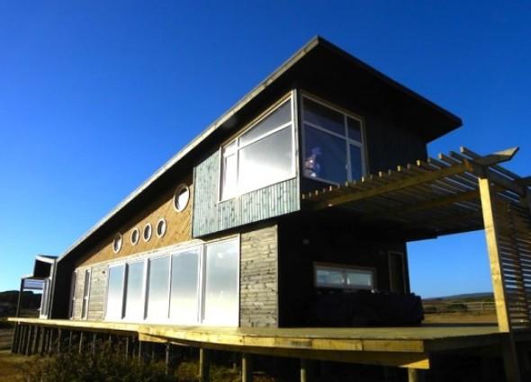 Casa Marcela alimentada con energía solar / Plus Arquitectura