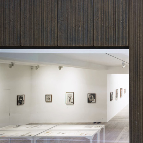 La perfecta sincronía entre lo antiguo y lo moderno. Centro de arte Raven Row / 6a Architects
