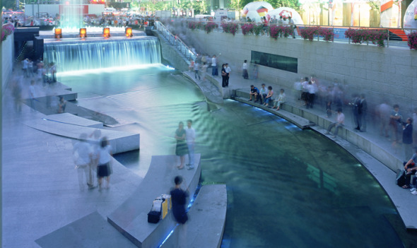 Restauración urbana del canal ChonGae / Mikyoung Kim Design