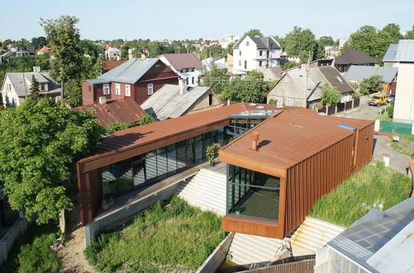 Family House (Casa familiar) realizado por Architectural Bureau G.Natkevicius and Partners