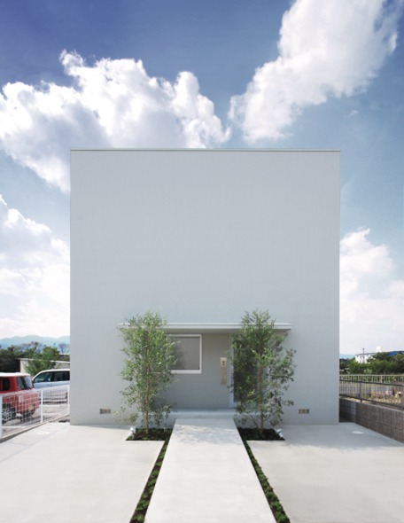 Casa Ordinaria / FORM/Kouichi Kimura Architects