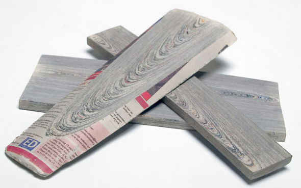 Newspaperwood, originales paneles de madera periódico