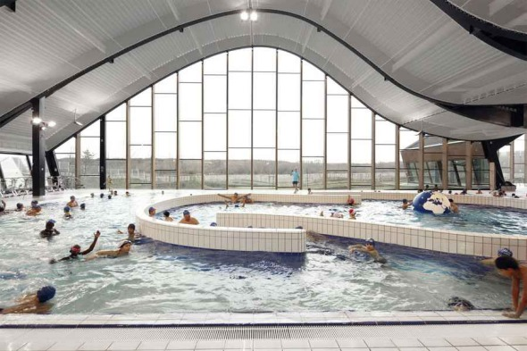 The Mantes-la-Jolie Water Sports Centre / Agence Search