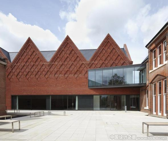 Brentwood School Study Centre and Auditorium realizado por Cottrell and Vermeulen Architecture