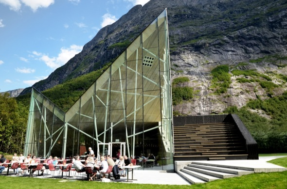 Trollwall Restaurant and Service / RRA