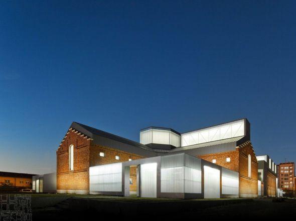 Centro cultural cívico / Exit Architects