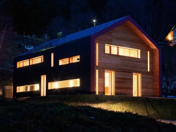 Casa a la orilla de un lago / Ralph Germann
