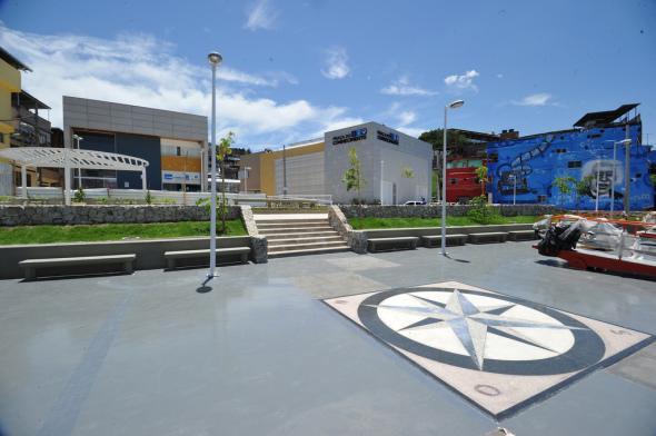 El derecho a la ciudad y su disfrute. Favela-Bairro un exitoso paradigma urbano