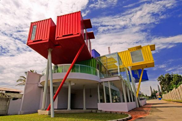 Biblioteca hecha de contenedores noticias de for Casa container costo