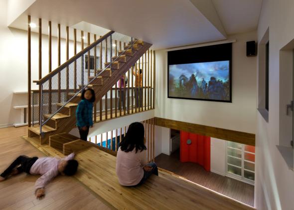 la escalera de usos mltiples y un espacio trae mucha energa activa a la casa no slo los nios sino tambin adultos por amor de la escalera