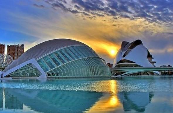 Calatrava exonerado de daños del Palau de les Arts