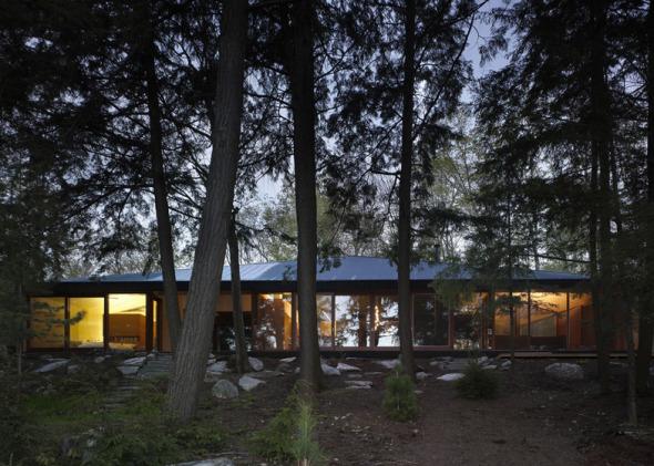 Casa en el lago. Clear Lake Cottage.