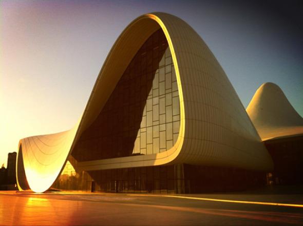 Diseño de interior del Centro Heydar Aliyev de Zaha Hadid