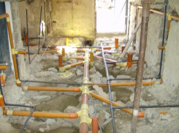 Sistemas de abastecimiento de agua para instalaciones sanitarias interiores