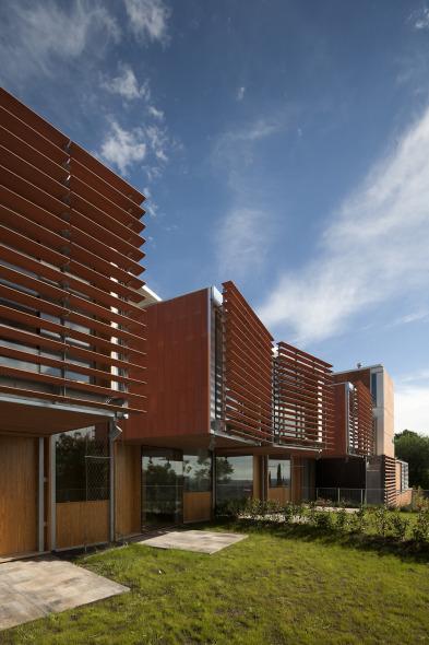 Sostenibilidad medio ambiental. Casas Pomaret / Pich Architects