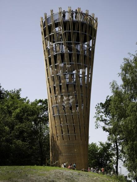 Torre de madera de 23 metros en Alemania