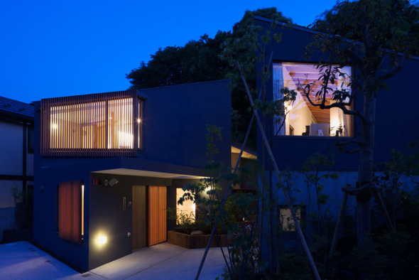 Dos viviendas adyacentes en Japón