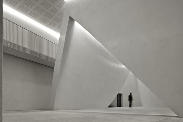 Tadao Ando abre un nuevo teatro en Venecia