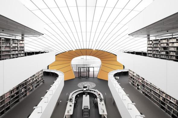 La Philologische bibliothek por Norman Foster deja su huella en Berlín