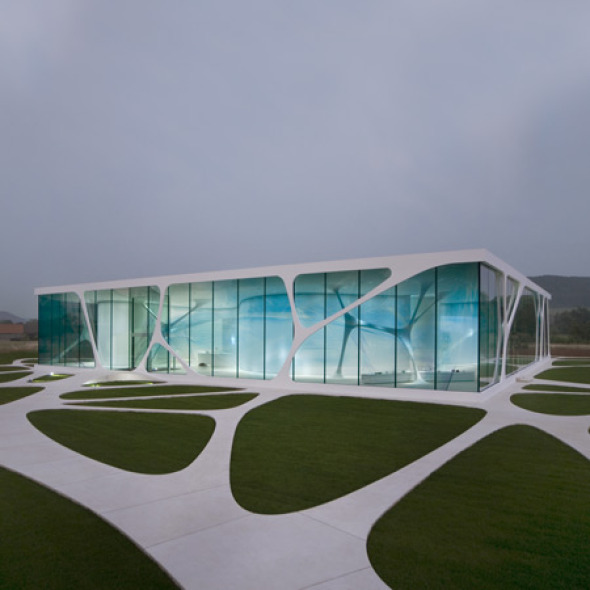 11 asombrosas casas de cristal noticias de arquitectura. Black Bedroom Furniture Sets. Home Design Ideas