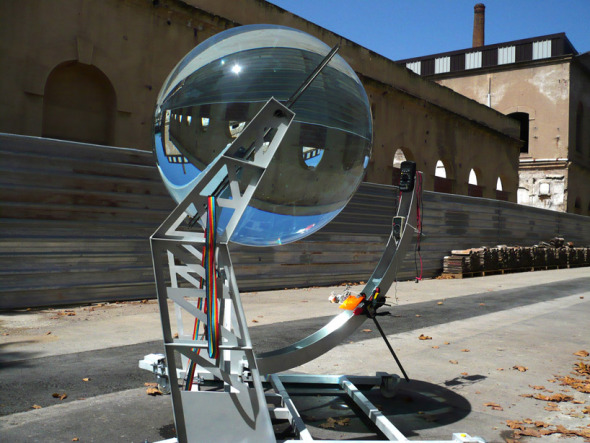 Esfera de vidrio para generar electricidad