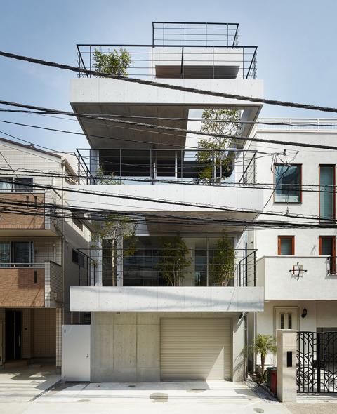 Casa Japonesa Con Balcones Noticias De Arquitectura