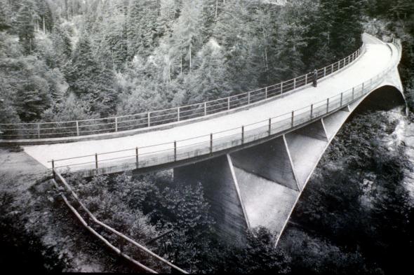 Escultura ingenieril de los años 30