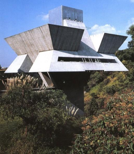 Arquitectura Brutalista Carm