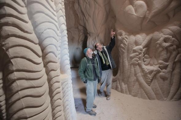 Hombre excava una serie de catedrales subterr�neas en Nuevo M�xico