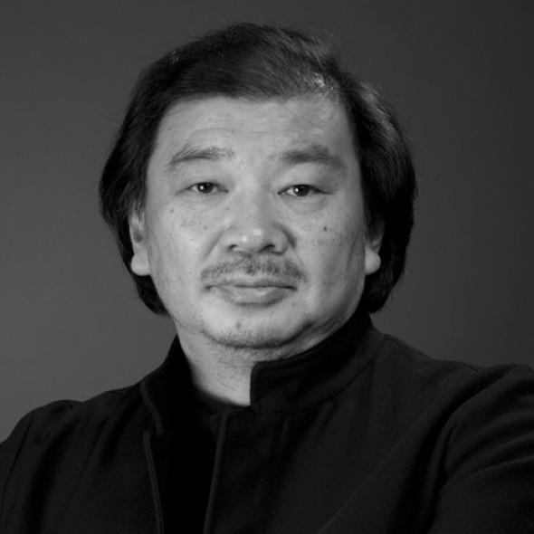 Entrevista a Shigeru Ban Ganador del Premio Pritzker. Habla sobre su arquitectura de papel.