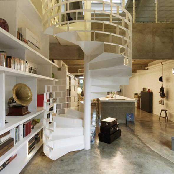 El protagonismo de la escalera en el Loft