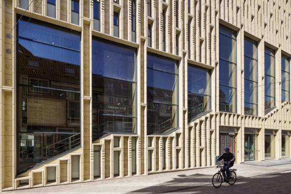 Transición arquitectónica desde la posguerra