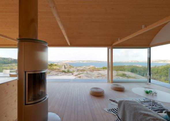 Casa veraniega sobre pilotes en suecia planos de casas - Tocar madera casas ...