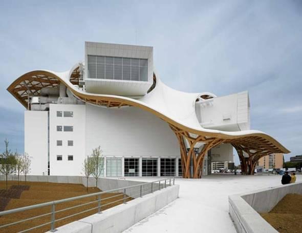 Los primeros edificios de Shigeru Ban en Brasil