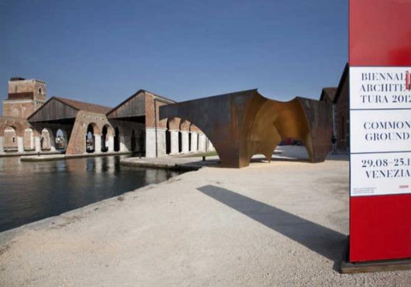 Bienal de Venecia en contra de los arquitectos de élite.