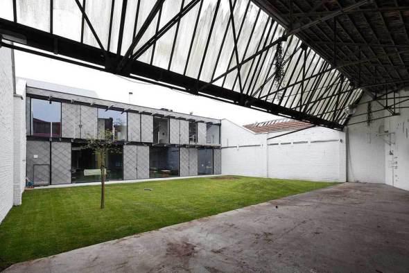 Casa dentro de un edificio