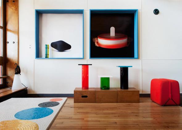 Colorida remodelación de departamento en un edificio diseñado por Le Corbusier