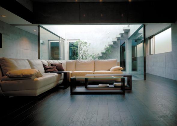 Casa con Fachada Plegada