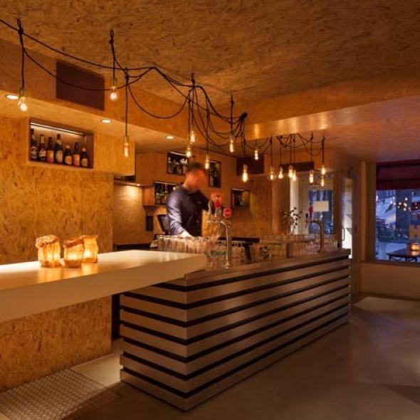 Bar de madera comprimida