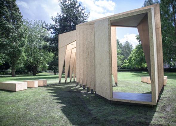 Pabellón en forma de caja torácica